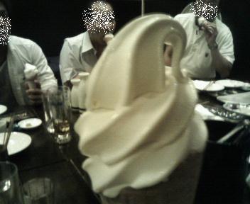 20110722宴会ソフトクリーム