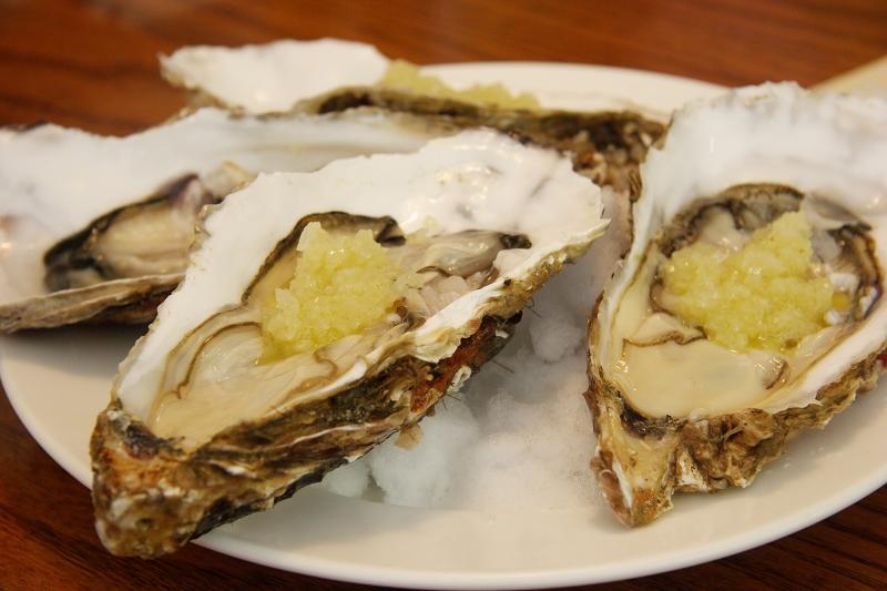 生牡蠣オニオンソース