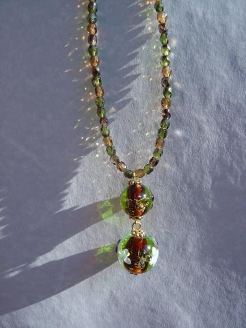 two beads necklace
