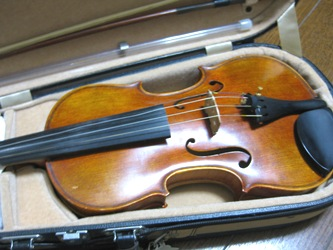 ヴァイオリンから微妙な香りが、漂ってるヨ♪
