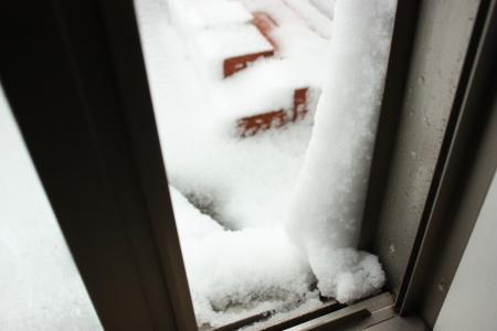雪ドバーっ