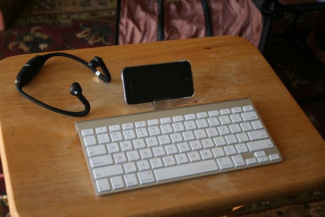 AppleWirelessKeyboard_11.jpg