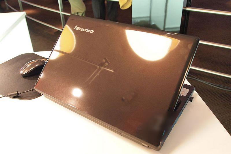 LenovoG570_04.jpg