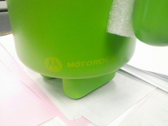 MotorolaAndroidFigure_05.jpg